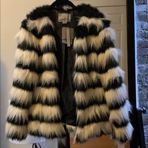Vero Moda Striped Short Fake Fur Jacket